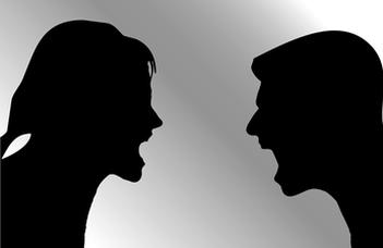 ONLINE pedagógus-továbbképzés Szóbeli bántalmazás – A nyelvi agresszió leleplezése címmel